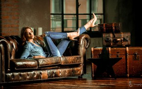 Picture sexy, pose, model, portrait, jeans, makeup, figure, window, hairstyle, shoes, lies, shirt, legs, chest, on …