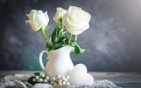 Picture roses, beads, vase, white