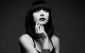 Picture model, piercing, brunette