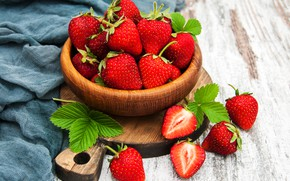 Picture berries, bowl, strawberry, sweet, ripe, Olena Rudo