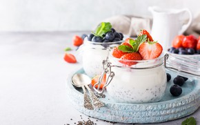 Picture berries, blueberries, strawberry, yogurt, Divided