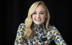 Picture smile, makeup, actress, hairstyle, blonde, beauty, beauty, blonde, actress, makeup, Sophie Turner, hairstyle, Sophie Turner