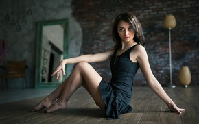 Picture look, girl, pose, room, skirt, brunette, legs, beauty, chain, on the floor