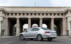 Picture the building, columns, sedan, facade, Skoda, Skoda, four-door, Superb, 2020, gray-silver