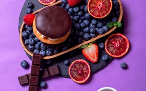 Picture berries, background, chocolate, strawberry, mug, Cup, cake, grapefruit, blueberries, Андрей Егоров, буше