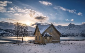 Picture winter, mountains, lake, house