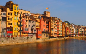 Picture the sky, river, Windows, home, colorful, Spain, Catalonia, Girona, Girona