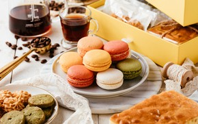 Picture coffee, pie, macaroon
