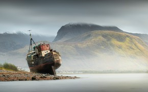 Picture mountains, stones, coast, ship, Scotland, Bay, stranded