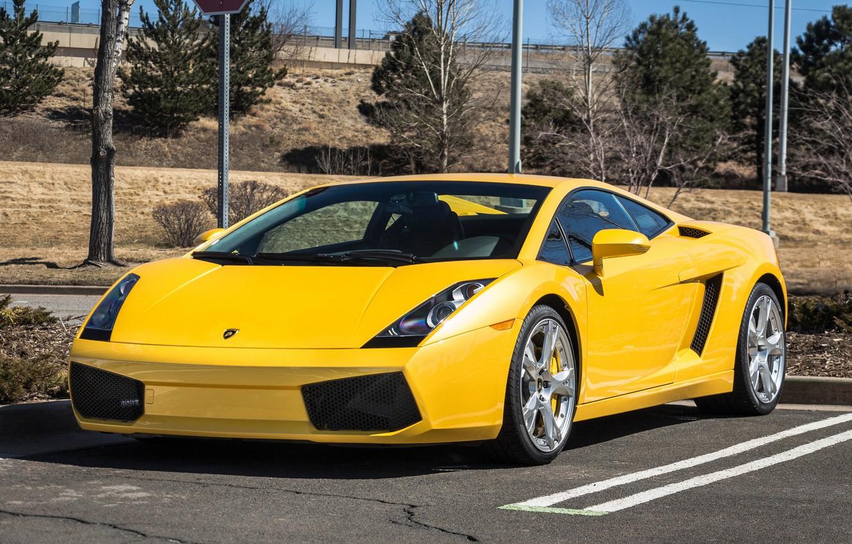 Photo wallpaper Lamborghini, Gallardo, yellow, parking
