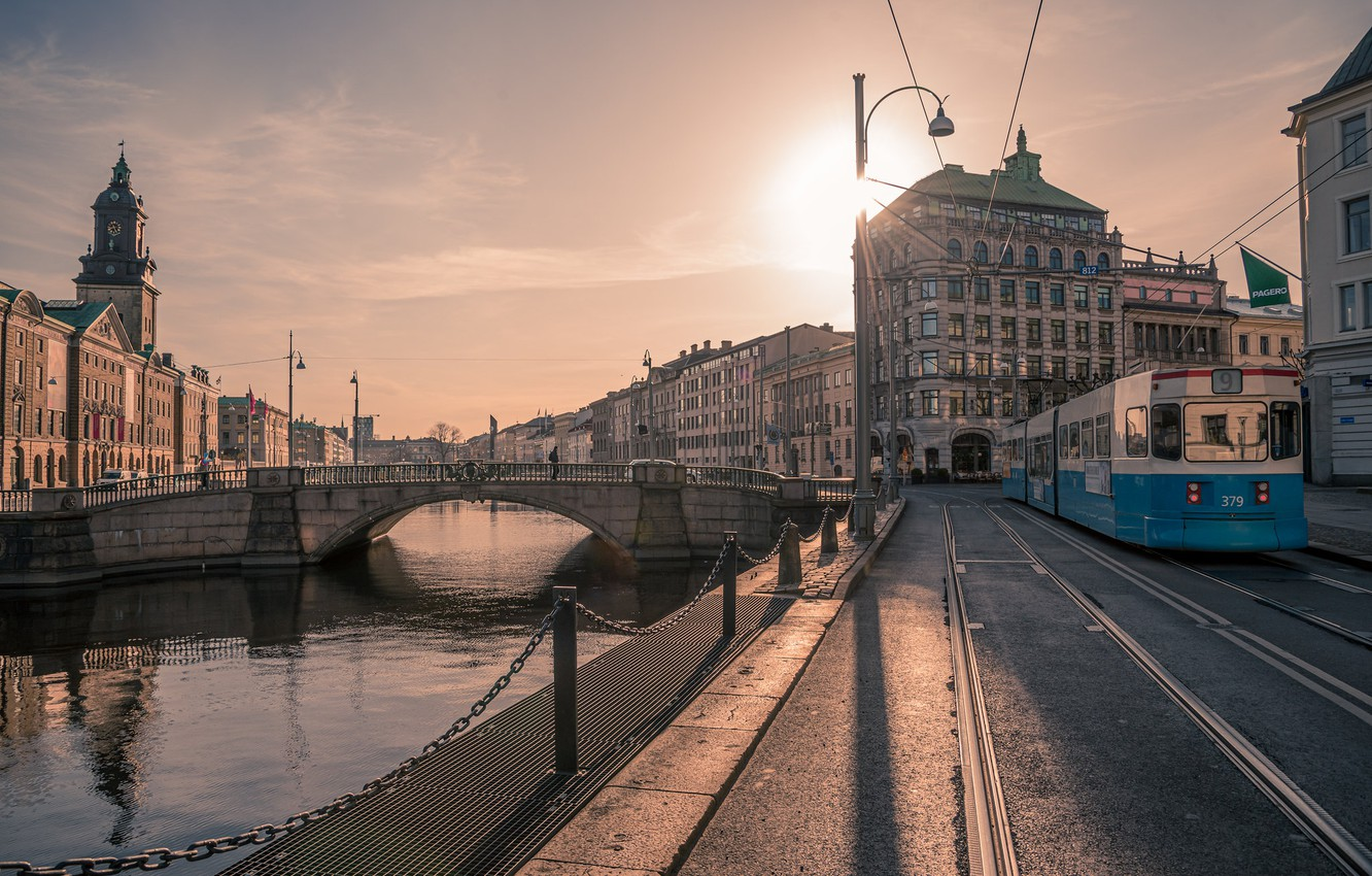 Photo wallpaper morning, tram, Sweden, promenade, Gothenburg