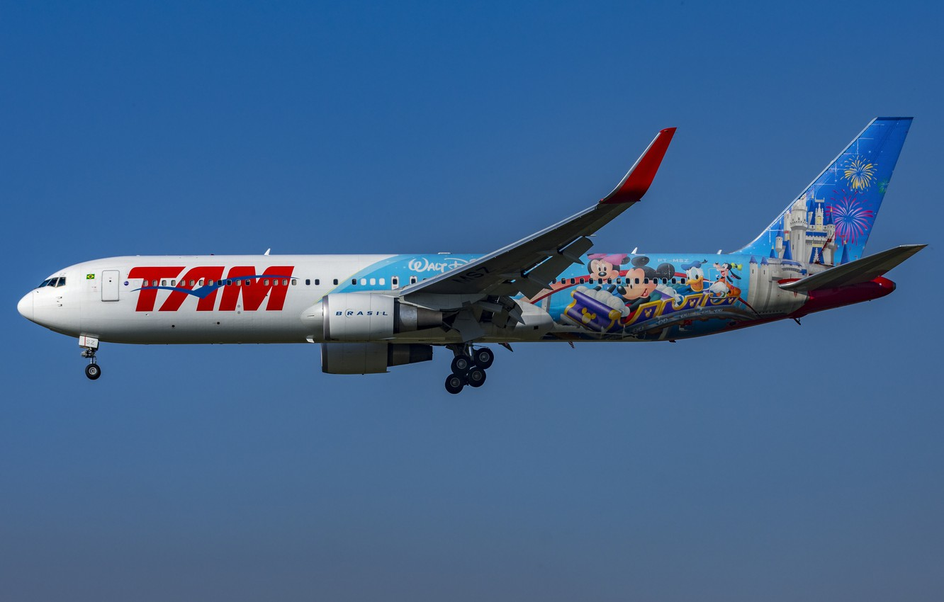 Photo wallpaper Boeing, 767-300W, LATAM Airlines