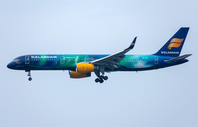 Photo wallpaper Boeing, 757-200W, Icelandair