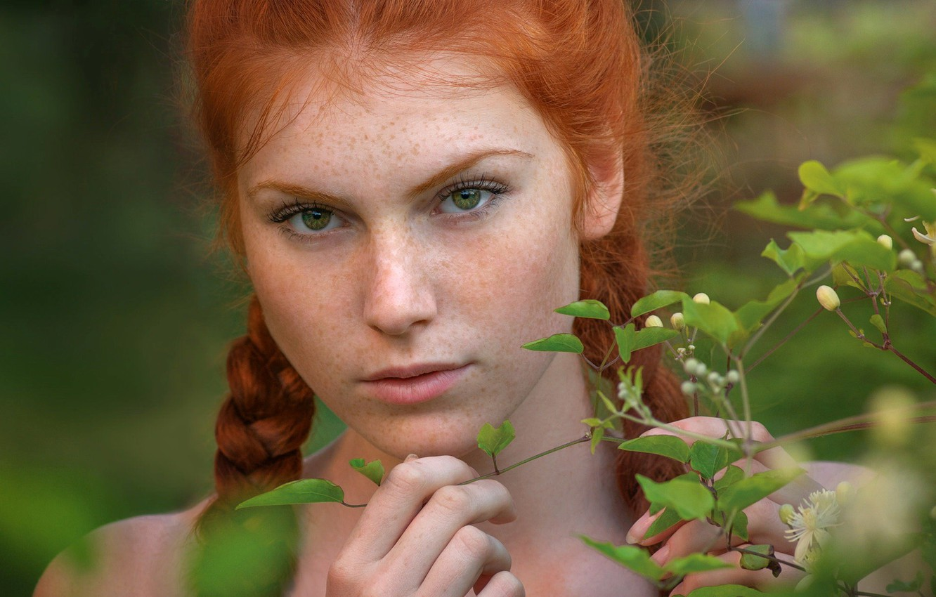Photo wallpaper eyes, look, leaves, Girl, branch, freckles, red, braids