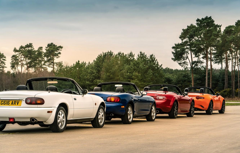 Photo wallpaper Mazda, column, MX-5, roadsters, four generations (NA-NB-NC-ND)
