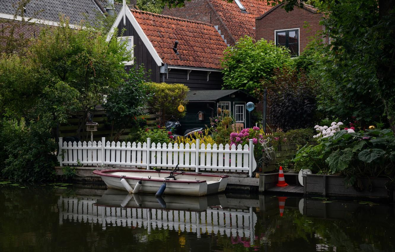 Photo wallpaper boat, home, pier, channel, Netherlands, Holland, Edam