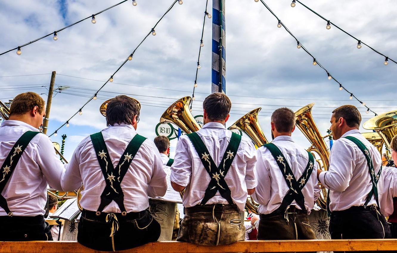 Photo wallpaper Germany, Munich, Bayern, Oktoberfest, brass band