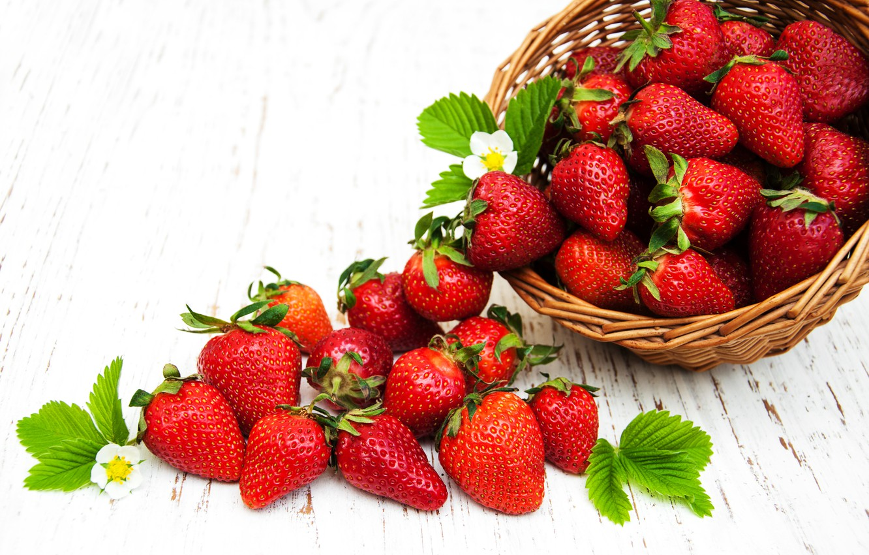 Photo wallpaper berries, strawberry, red, basket, fresh, strawberry, berries, basket