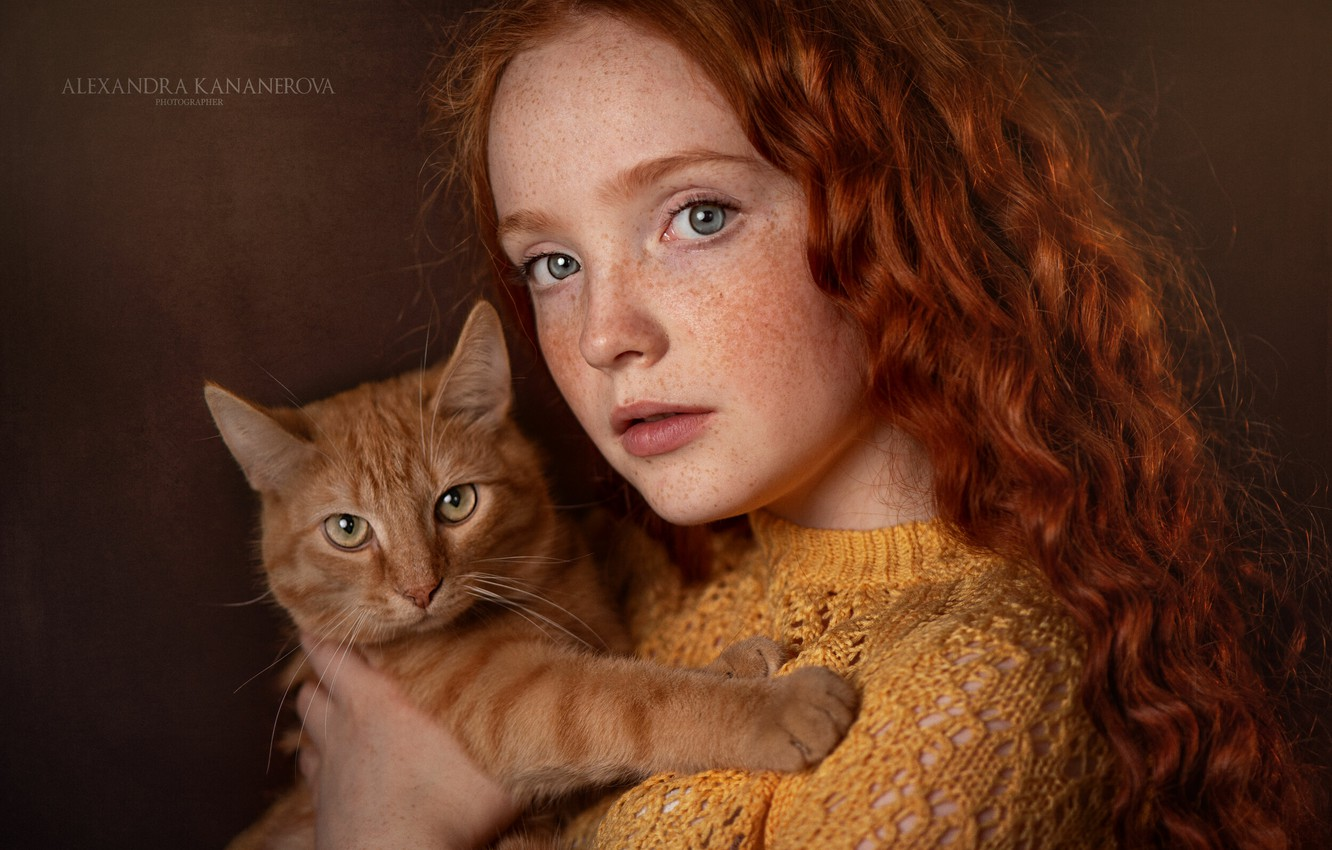 Photo wallpaper cat, look, face, background, portrait, red, girl, freckles, red, curls, redhead, cat, freckled, Александра Кананерова