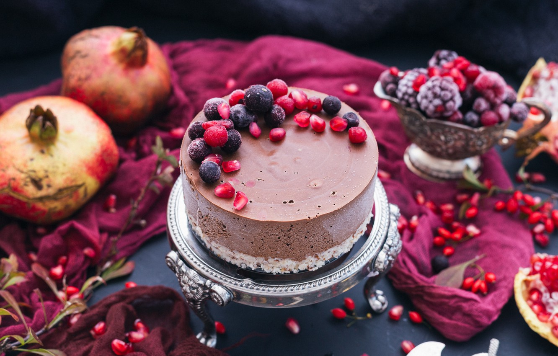 Photo wallpaper berries, cake, grenades