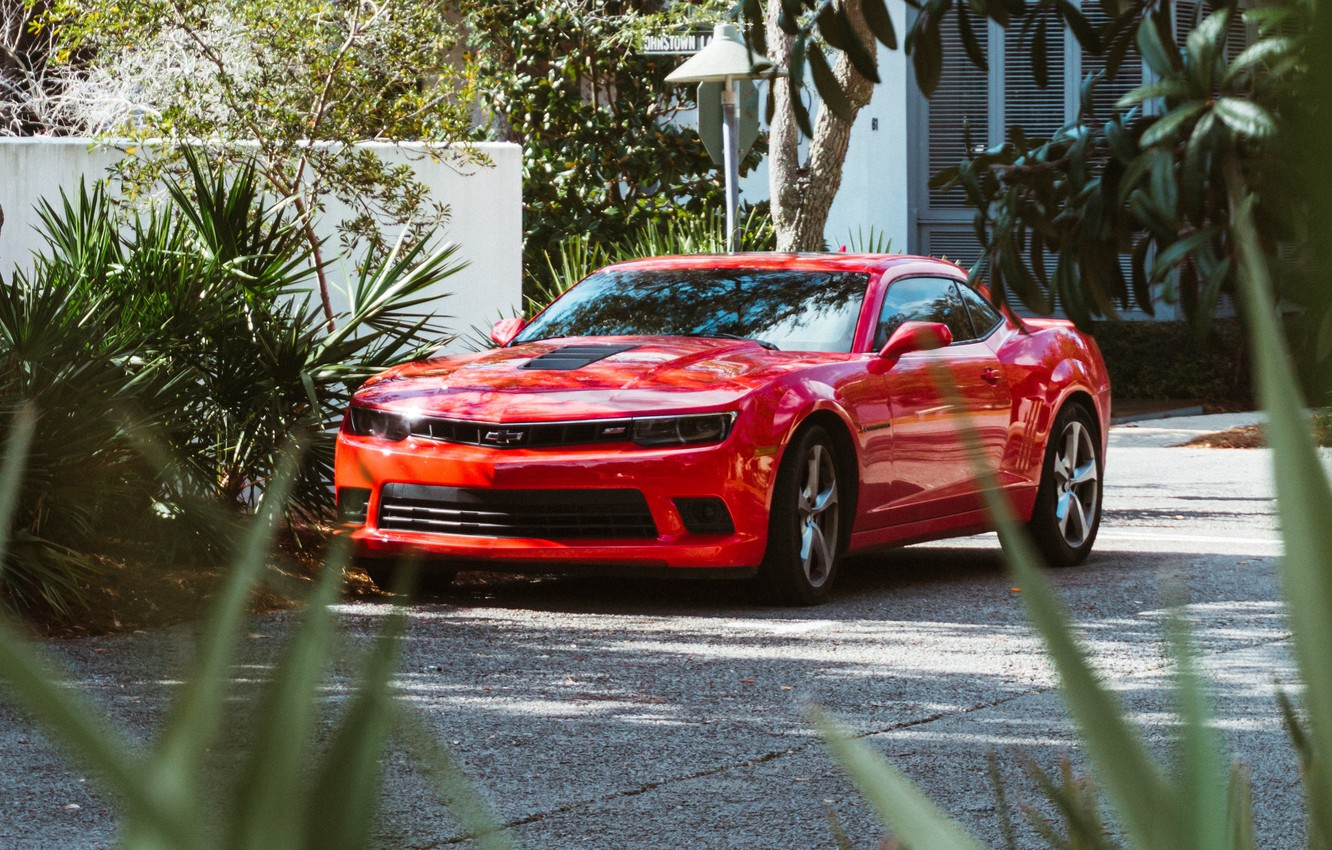 Photo wallpaper machine, red, street, supercar, sports car, chevrolet, chevrolet camaro