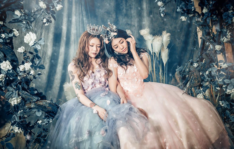 Photo wallpaper flowers, girls, two, crown, dress, Asian girls, sitting, Princess, closed eyes