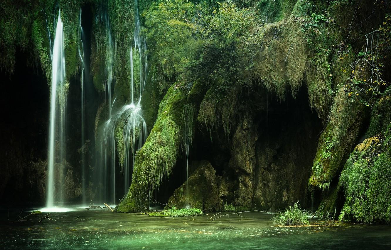 Photo wallpaper greens, lake, waterfall, moss, Croatia, Croatia, Plitvice Lakes National Park, National Park Plitvice lakes