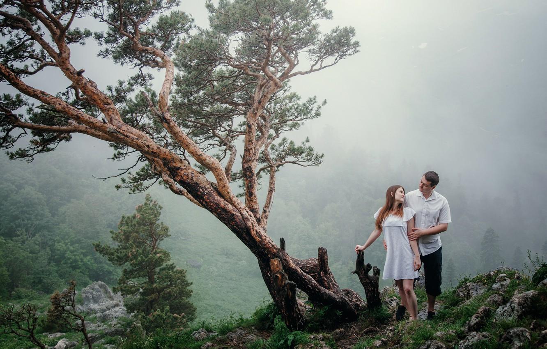 Photo wallpaper girl, tree, hill, hugs, male, lovers
