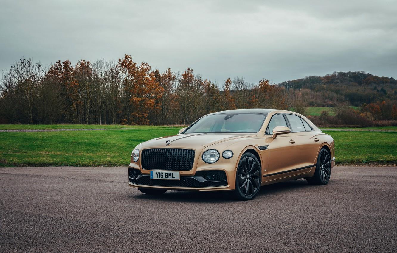 Photo wallpaper Bentley, Parking, Flying Spur, 2020, V8, 2021, Flying Spur V8