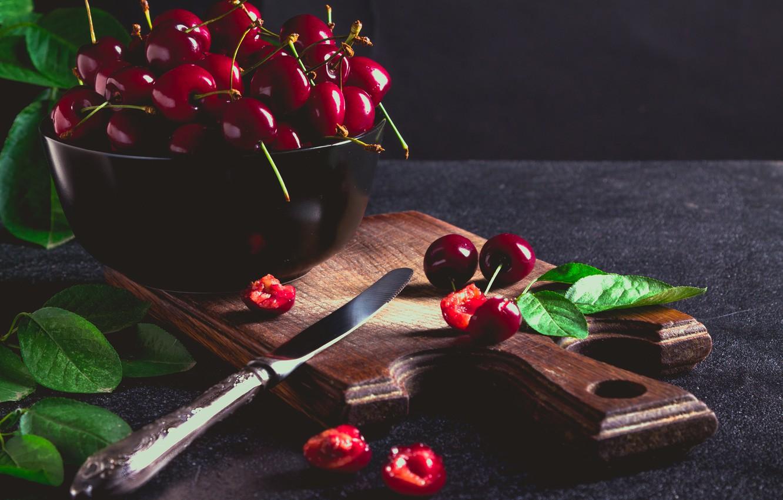 Photo wallpaper leaves, cherry, ripe
