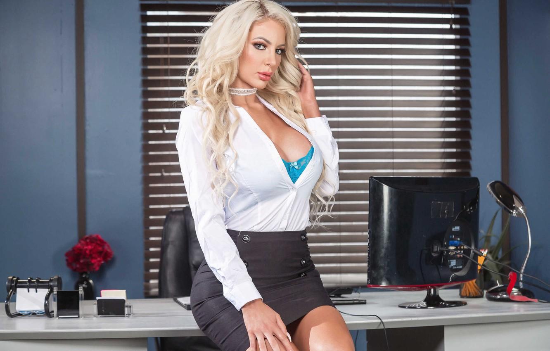 Photo wallpaper figure, blonde, girl, sexy, posing, Nicolette Shea