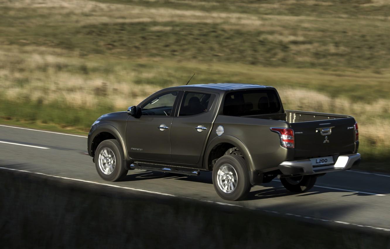 Photo wallpaper movement, shadow, Mitsubishi, side, pickup, L200, 2015