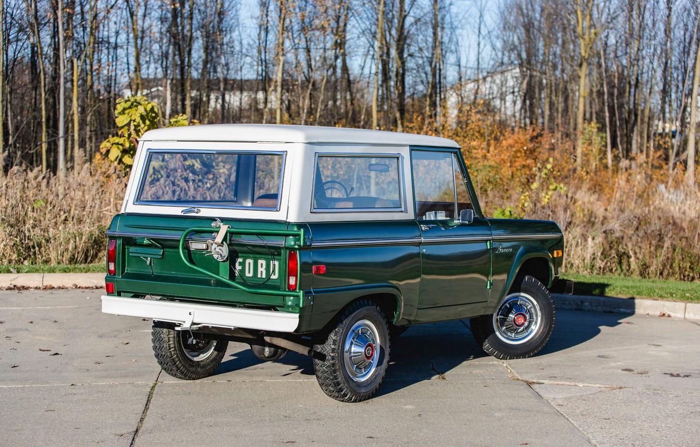 Photo wallpaper Ford, green, Wagon, 1974, Bronco