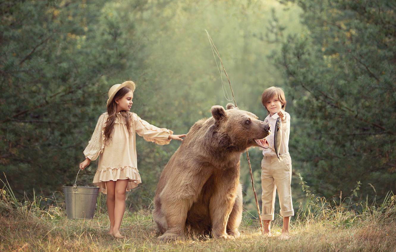 Photo wallpaper boy, bear, girl