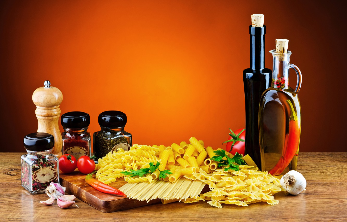Photo wallpaper oil, pepper, banks, tomatoes, spices, pasta