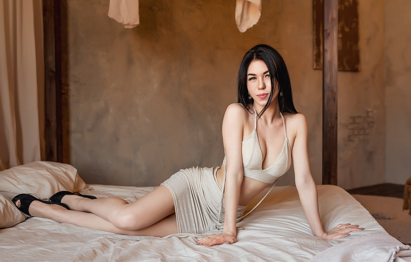 Photo wallpaper Bed, model, brunette, A Diakov George
