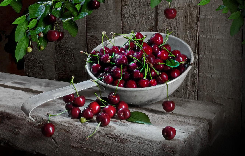 Photo wallpaper leaves, berries, Board, cherry, дуршлыг