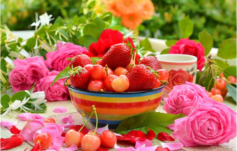 Photo wallpaper Strawberry, Mug, Petals, Roses, Cherry, Roses, Strawberry, Cherries
