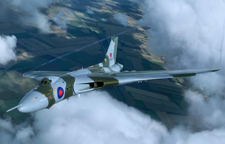 Photo wallpaper clouds, flight, bomber, strategic, RAF, Avro, Vulcan