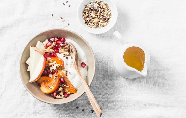 Photo wallpaper cup, Fruits, yogurt, cerials