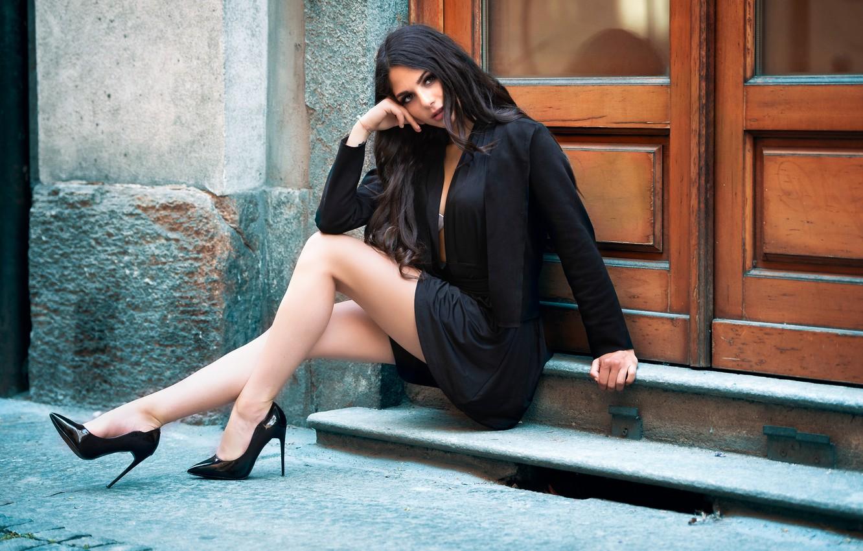Photo wallpaper look, brunette, shoes, legs, Sabrina