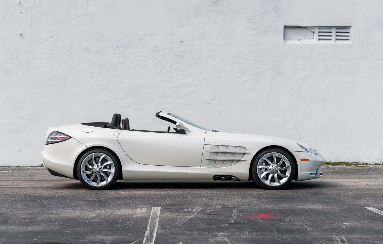 Photo wallpaper Roadster, White, side view, 2009, Mercedes-Benz SLR McLaren