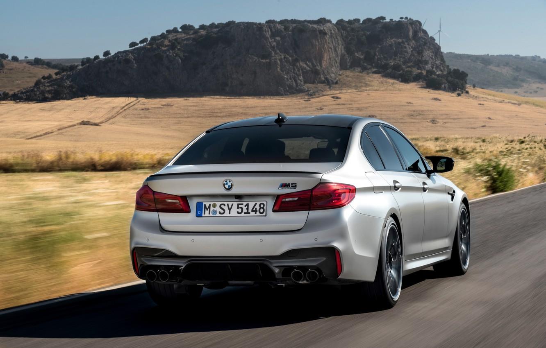 Photo wallpaper road, rock, grey, BMW, sedan, rear view, 4x4, 2018, four-door, M5, V8, F90, M5 Competition