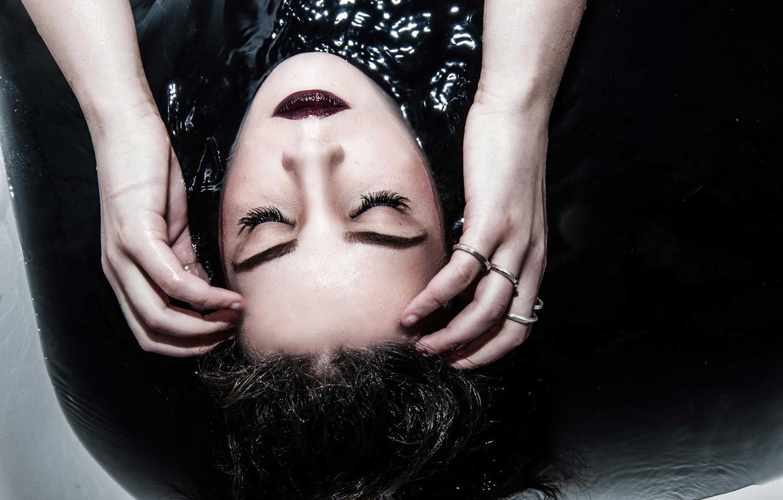 Photo wallpaper water, face, makeup, Halsey