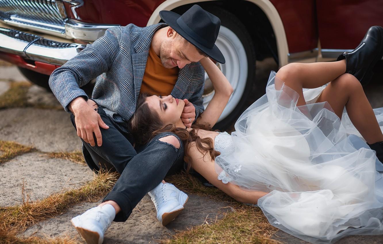 Photo wallpaper machine, auto, girl, pose, hat, shoes, dress, guy, a couple, sneakers, lovers, Anastasia Barmina