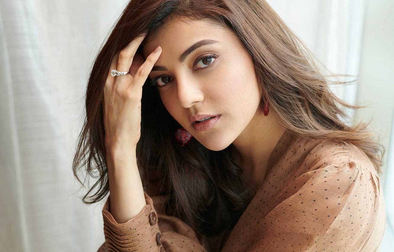 Photo wallpaper hot, smile, beauty, face, bollywood, makeup, indian actress, Kajal agarwal