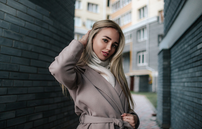 Photo wallpaper Girl, Look, Smile, yard, blonde, coat, Sasha Rusko