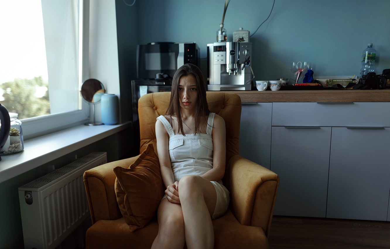 Photo wallpaper girl, freckles, legs, in the kitchen, Aleks Five