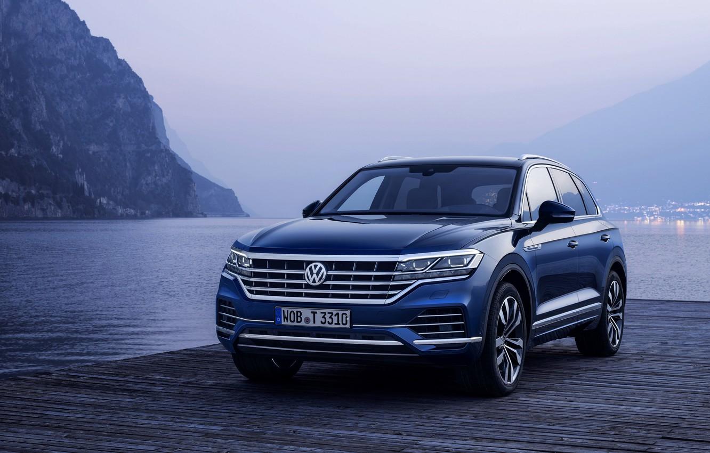 Photo wallpaper blue, lake, shore, Volkswagen, pierce, Touareg, 2018, SUV, Elegance