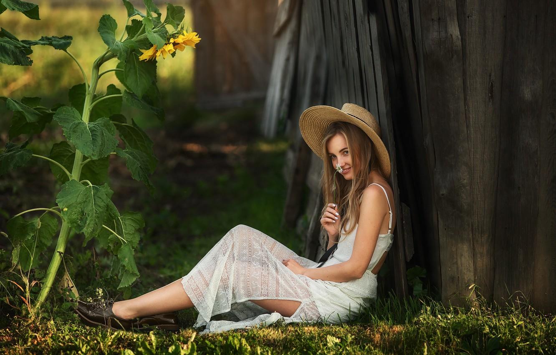 Photo wallpaper flower, smile, Girl, hat, Daisy, sitting, Dasha, Anastasia Barmina